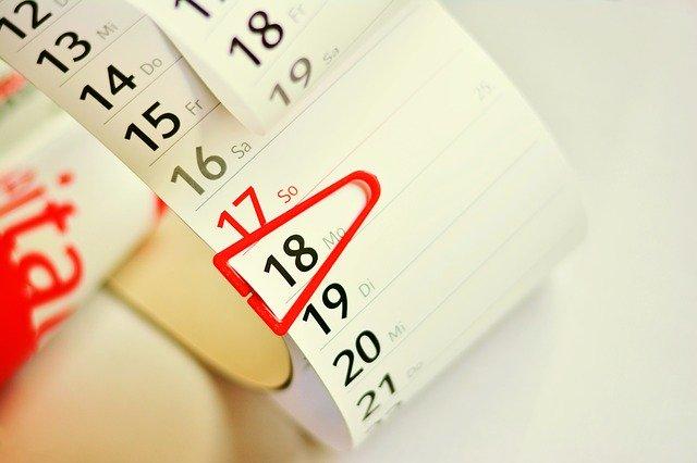 הגדרת תאריך קבוע במחשב